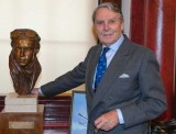 Tommy Sopwith with a bust of his father Sir Thomas as a young pioneer aviator