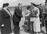 1948 Visit of Queen Elizabeth to Hawker Aircraft at Langley. Source: Jennifer Clarke